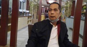 Rektor Unila Prof. DR. Kharomani